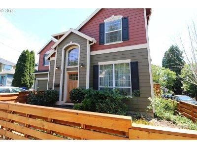 Portland Single Family Home For Sale: 502 NE Prescott St