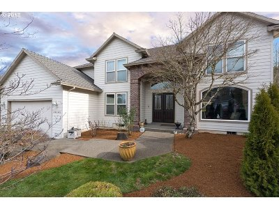 Happy Valley Single Family Home Pending: 14131 SE Rolling Meadows Ct