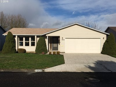 Woodburn Single Family Home For Sale: 1335 Vanderbeck Ln