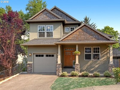 Portland Single Family Home For Sale: 1337 SW Hume St