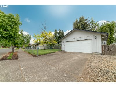 Eugene Single Family Home For Sale: 2161 Amirante St