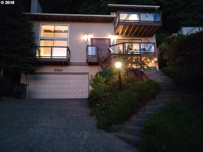 Portland Single Family Home For Sale: 3340 NE Cadet Ave