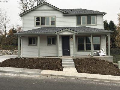 La Center Single Family Home For Sale: 303 E Spruce Ave