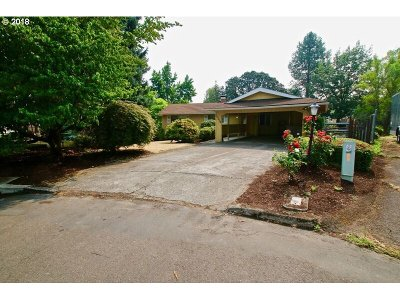 Tigard Single Family Home For Sale: 11250 SW Fairhaven Ct