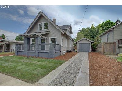 Portland Single Family Home For Sale: 1906 SE Insley St