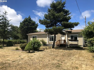 Coos Bay Single Family Home For Sale: 90873 Hollywood Ln