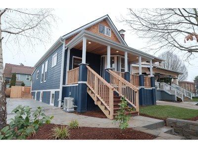 Single Family Home For Sale: 2003 NE Weidler St