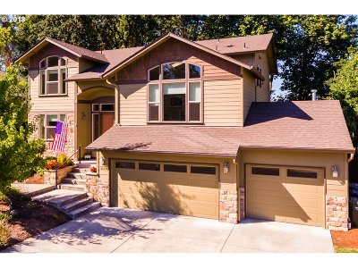 Springfield Single Family Home For Sale: 3612 Vitus Ln
