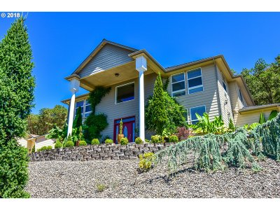 Roseburg Single Family Home For Sale: 2787 NW Daysha Dr