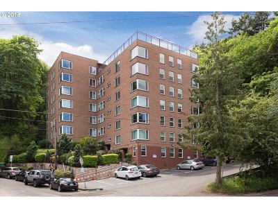 Portland Condo/Townhouse For Sale: 1205 SW Cardinell Dr #506