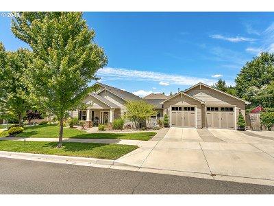 Medford Single Family Home For Sale: 3920 Fieldbrook Ave