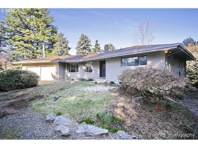 Gresham Single Family Home For Sale: 500 SW Wi Butler Rd