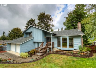 Gresham Single Family Home For Sale: 1234 SW Linneman Ave