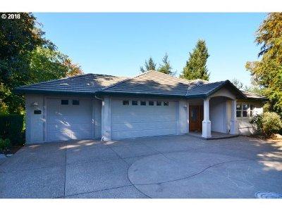 Eugene Single Family Home For Sale: 3136 Tanner Park Dr