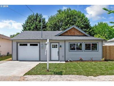 Portland Single Family Home For Sale: 405 NE 92nd Pl