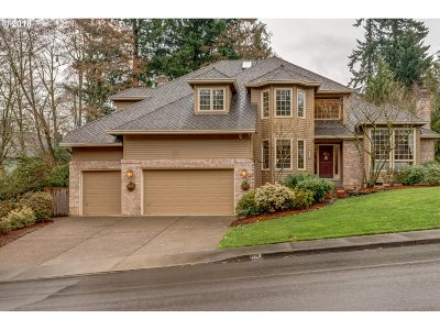 West Linn Single Family Home For Sale: 1338 Stonehaven Dr