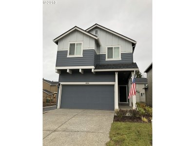 Scappoose Single Family Home For Sale: 33323 SW Havlik Dr
