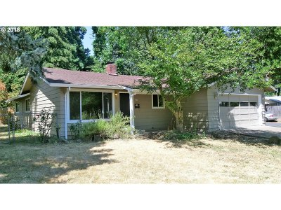 Forest Grove Single Family Home For Sale: 1714 Hawthorne St