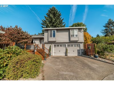 Single Family Home For Sale: 10195 SW Highland Dr