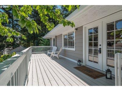 Portland Multi Family Home For Sale: 7836 SW Terwilliger Blvd