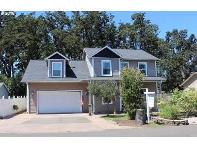 Cottage Grove, Creswell Single Family Home For Sale: 1884 Harvey Rd