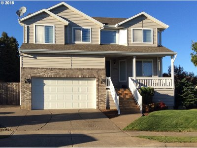 Single Family Home For Sale: 15443 SE Ogden Dr