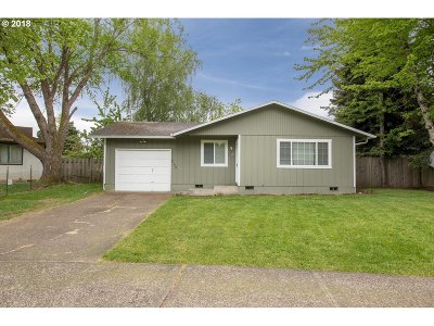 Yamhill County Single Family Home For Sale: 471 NE 3rd St