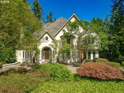 Lake Oswego Single Family Home For Sale: 1099 Terrace Dr