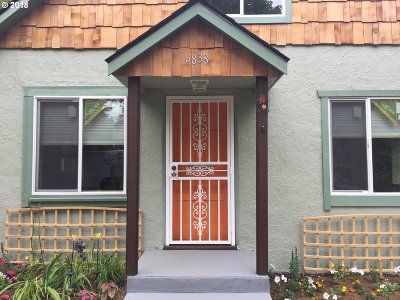 Portland Single Family Home For Sale: 6838 SE 77th Ave