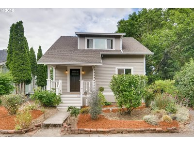Portland Single Family Home For Sale: 6219 SE 70th Ave