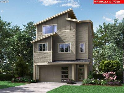 Single Family Home For Sale: 16724 SE Fox Glen Ct