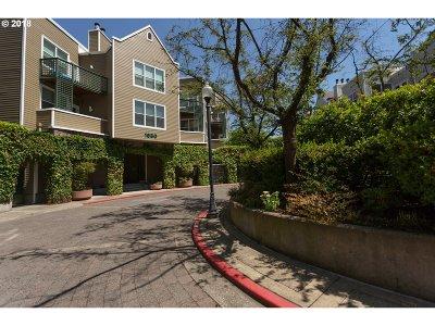 Portland Condo/Townhouse For Sale: 1630 SW Harbor Way #302