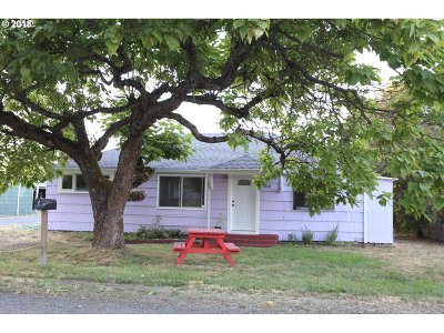 Springfield Single Family Home For Sale: 860 W N St
