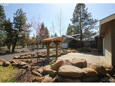 Sisters Single Family Home For Sale: 70085 Sorrell Dr
