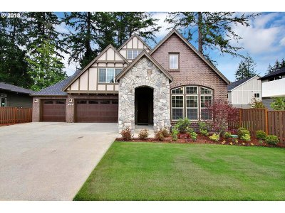 Happy Valley Single Family Home Pending: 9740 SE Jeanne Rd #38
