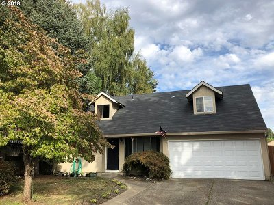 McMinnville Single Family Home For Sale: 519 SE Debbie Ct