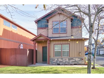 Scappoose Single Family Home For Sale: 52169 SE 2nd St