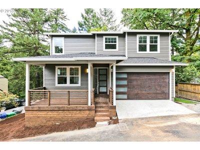 Southwest Hills Single Family Home For Sale: 3220 SW Upper Dr