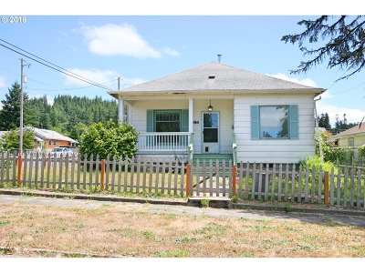 Coquille OR Single Family Home For Sale: $200,000