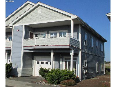 Bandon Condo/Townhouse For Sale: 1315 Village Loop