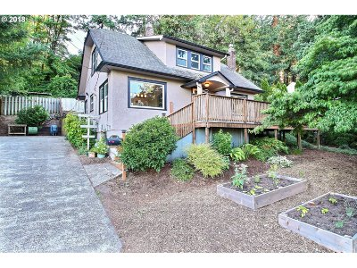 West Linn Single Family Home For Sale: 21665 Willamette Dr