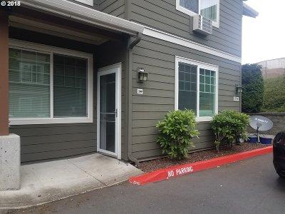 Vancouver Condo/Townhouse For Sale: 10800 SE 17th Cir #209