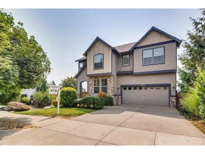 Happy Valley Single Family Home For Sale: 11588 SE Cascade View Dr