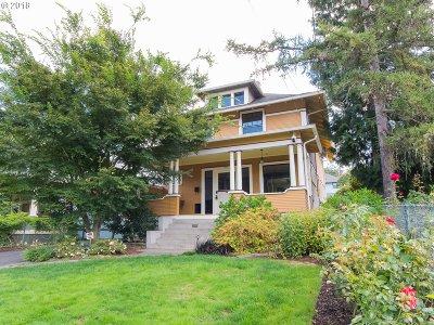 Portland Single Family Home For Sale: 306 SE 61st Ave