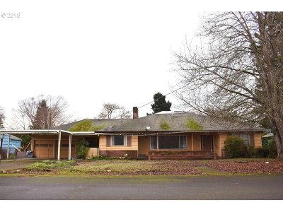 Keizer Single Family Home Sold: 722 Maine Ave NE