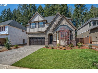 Happy Valley Single Family Home For Sale: 9829 SE Nicholas Dr