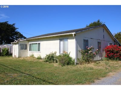 Bandon Single Family Home For Sale: 50147 Highway 101