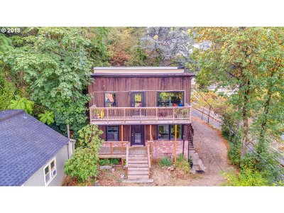 Portland Multi Family Home For Sale: 1838 SW Mill Street Ter