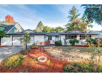 Aloha Single Family Home For Sale: 20675 SW Rosa Dr