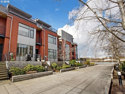 Portland Condo/Townhouse For Sale: 1706 NW Riverscape St
